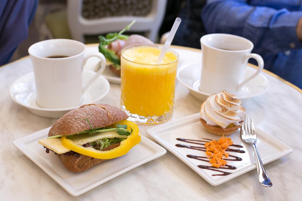 karla cafe frukost