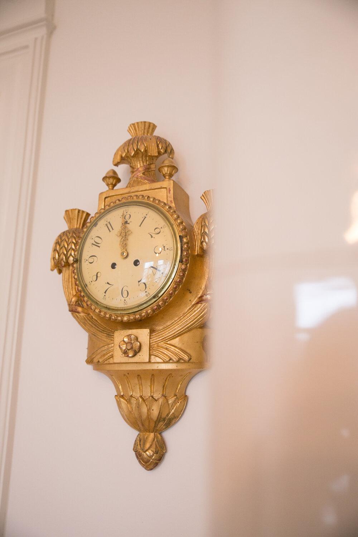 väggklocka antik guld sekelskifte.jpg