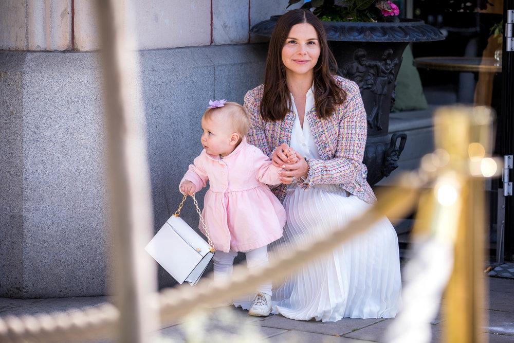 Angelica Aurell barn mammablogg barnklader.jpg