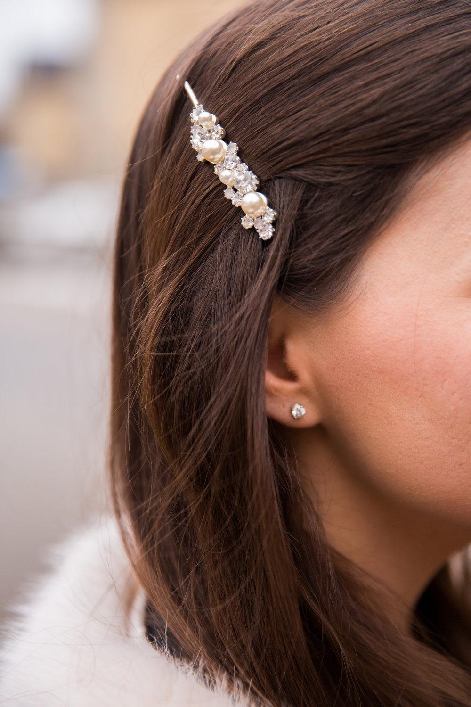 harspanne strass parlor Angelica Aurell Angelicas Closet diamantorhangen.jpg