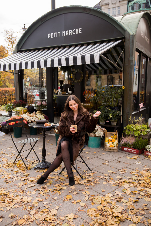 Petit Marche Angelica Aurell kaffe fuskpals fika Stockholm.jpg
