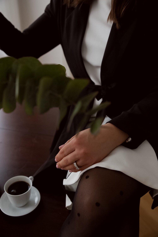prickiga strumpbyxor calzedonia kaffe rorstrand angelica aurell.jpg