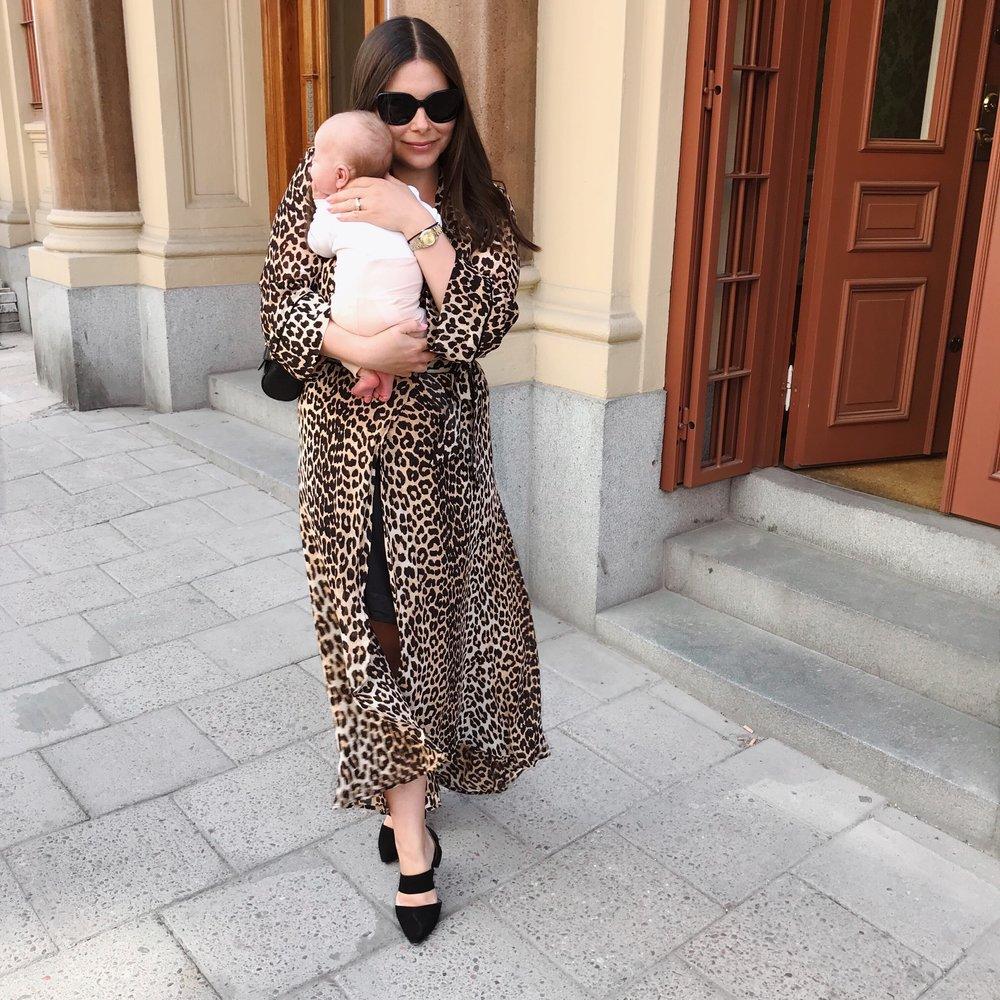 Angelica Aurell Ganni leopard Heelow.jpg