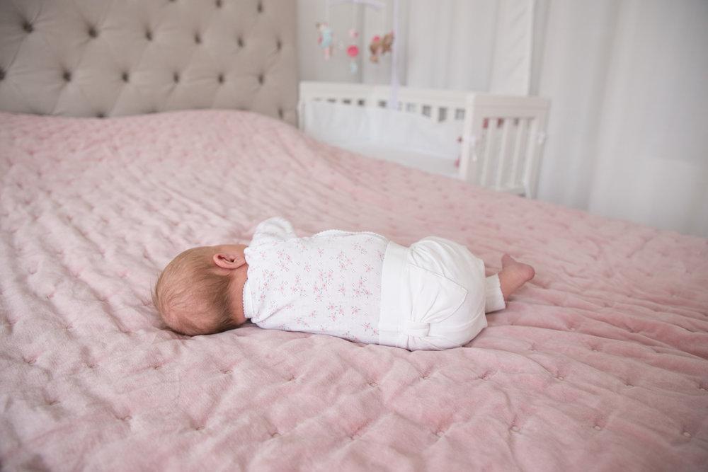 newbie byxor rosett bebis.jpg
