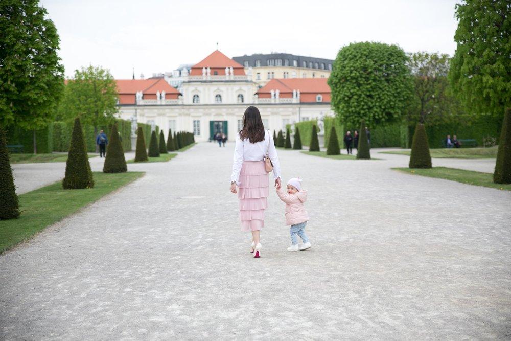 Angelica Aurell wien guide barn weekend.jpg