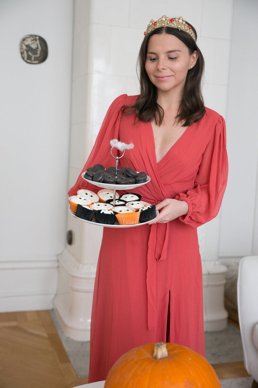 Angelica Aurell diadem tiara picapicas halloween macarons muffins pumps.jpg