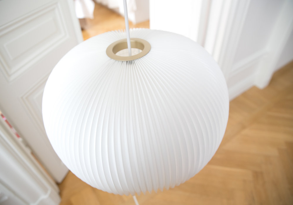 Le Klint Royaldesign lampa sovrum.jpg