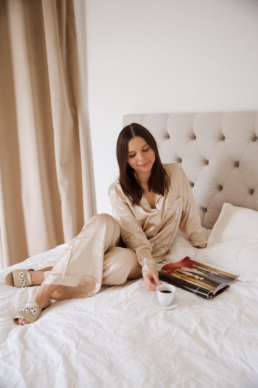 Angelica Aurell sovrum pyjamas .jpeg