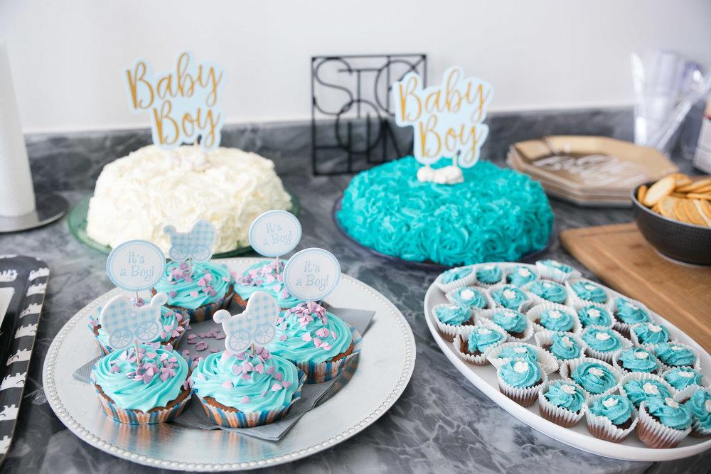 babyshower pojke dessert tarta cupcakes.jpg